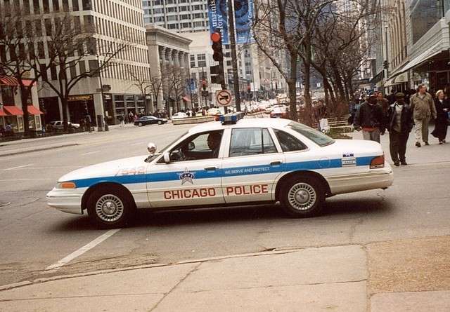 chicago-police-1503562-640x480